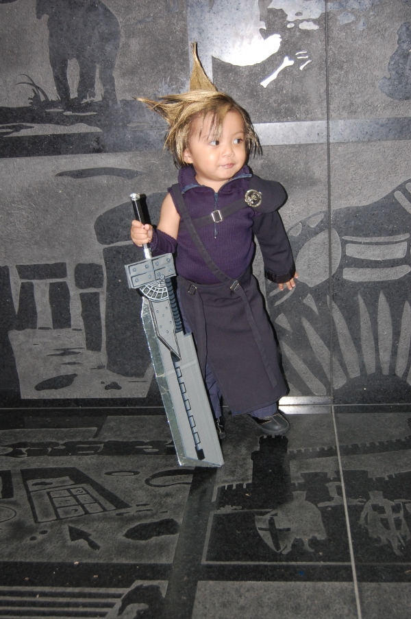 Baby Cloud Strife Anime Expo 2012 Cloud Strife Foto Cosplay