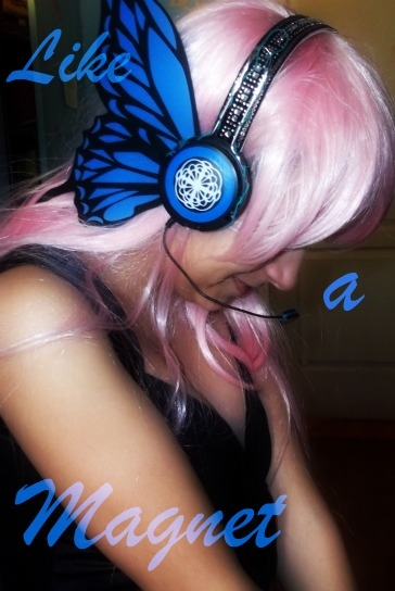 Luka Megurine Vocaloid Cosplay