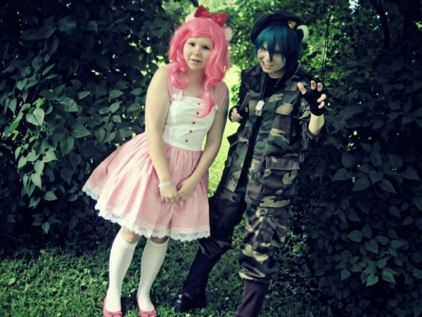 Happy Tree Friends Flippy (and Giggles) Cosplay Fotos
