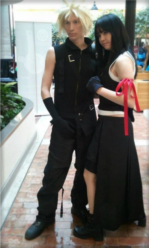 Final Fantasy Advent Children Cloud & Tifa Photos Cosplay