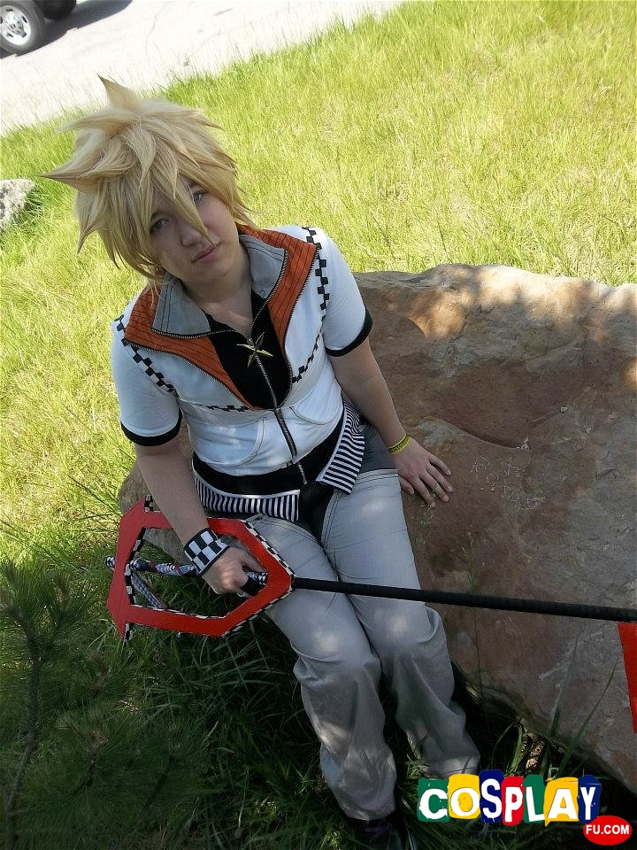 Roxas Cosplay from Kingdom Hearts by Kayleigh