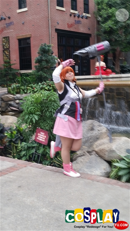 Nora Valkyrie Cosplay from RWBY by Lindsey