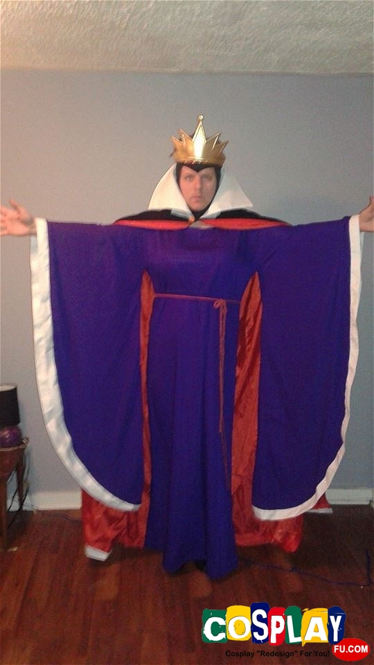 The Evil Queen Cosplay from Snow White and the Seven Dwarfs by Kristopher