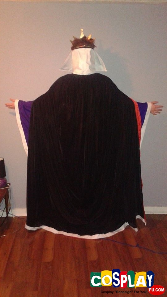 The Evil Queen Cosplay from Snow White and the Seven Dwarfs