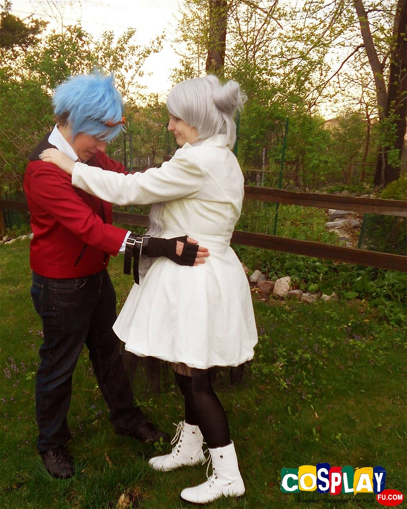 Weiss Schnee Cosplay from RWBY by LaMae