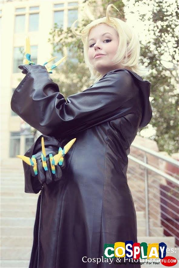 Larxene Cosplay from Kingdom Hearts by Raquel